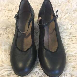 Bloch Tap Shoes Size 8 women's