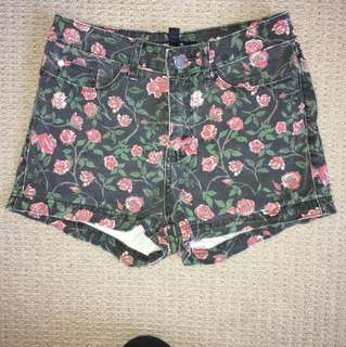 Floral denim shorts size 6