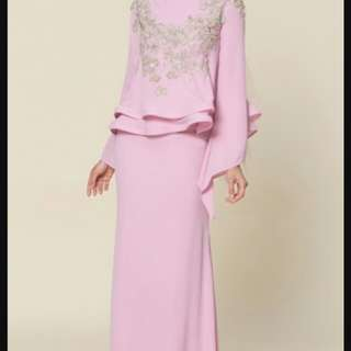 I'm looking for exact kebaya