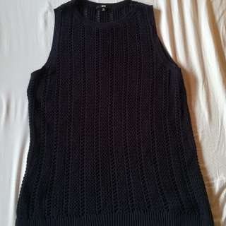 UNIQLO LONG NAVY BLUE KNITTED SLEEVELESS TOP(xl)