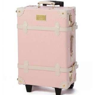 糾結賣 Liz Lisa 粉紅色 復古行李箱