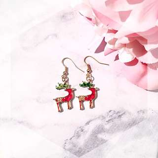Christmas edition reindeer drop earring