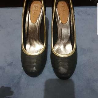 Pla high heels