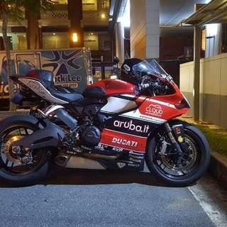 Dec 2014 Ducati Panigale 899