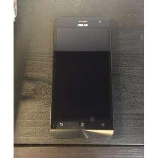 ASUS Zenfone 2 (ZE500CL) 2G/16G 800萬畫數 平價高效能 黑紅 一手機