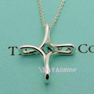 🚚 【LEO FASHION】二手正美品 Tiffany & Co. 經典無限扭轉十字項鍊