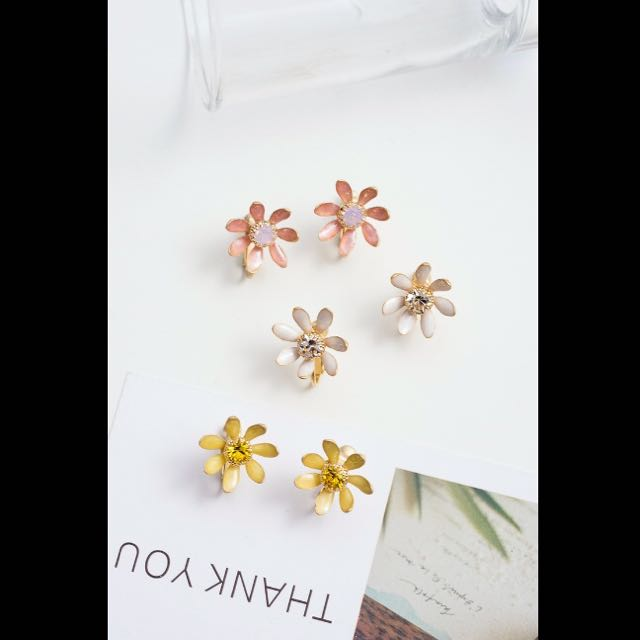 韓國可愛粉紅綻放花朵耳環(螺旋夾式)