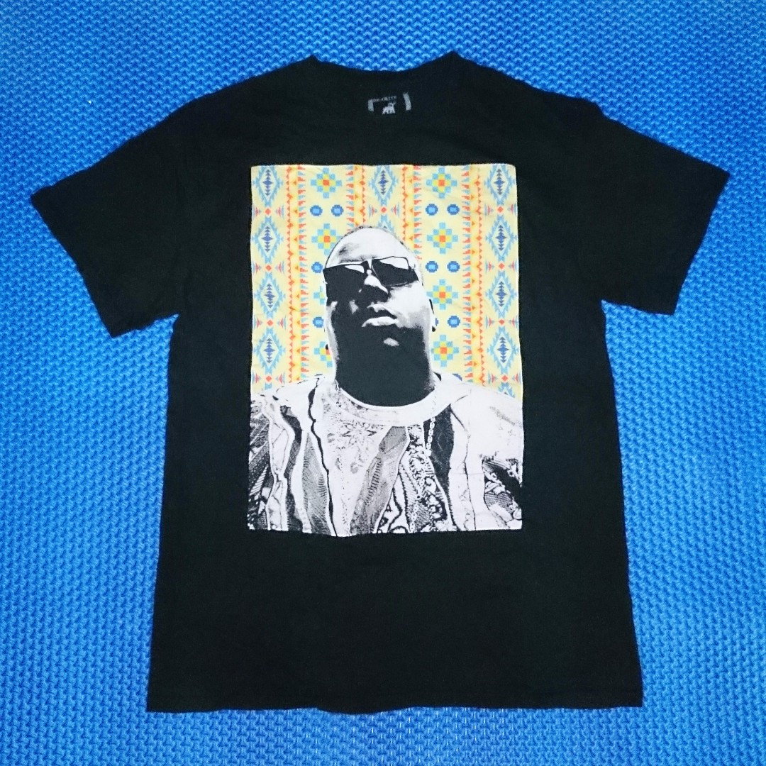 29d5cf5bd8a9 🆒 Notorious B.I.G. 'Biggie Smalls' T-Shirt, Men's Fashion, Clothes, Tops  on Carousell