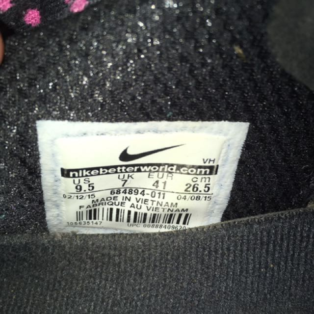 Authentic Nikes Great For Running Or Everyday Casual Wear They Are In Excellent Condition Have Been Worn A Few Times Will Be Clean Before Sale