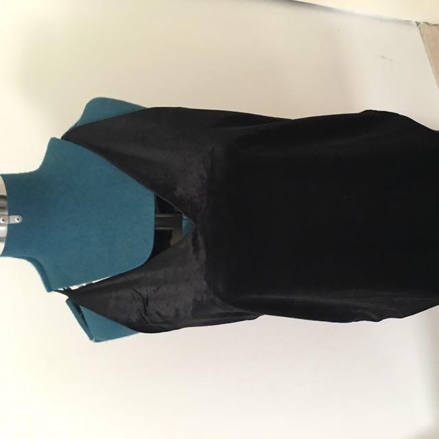 Black Velvet H&M Top