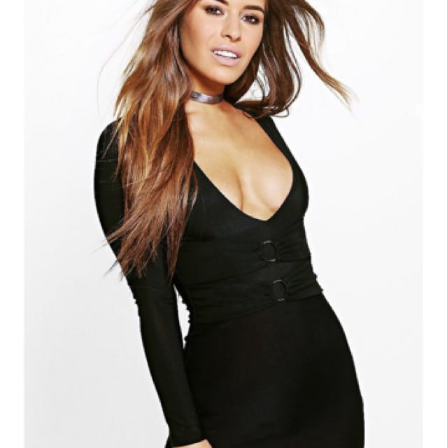 BRAND NEW BOOHOO BODYCON WITH RING DETAIL IN BLACK size 10