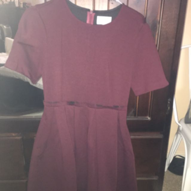 BRAND NEW GORGEOUS MAROON DRESS NICE FIT AND FLARE