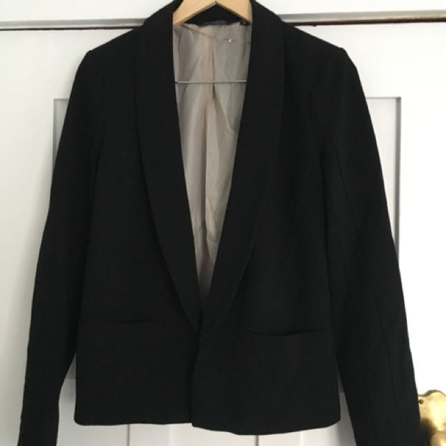 Chic Glassons black blazer