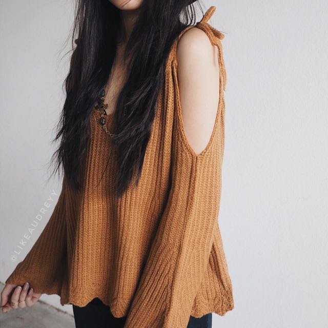Cold Shoulder Autumn Burnt Orange Knit Sweater with Scallop Edge