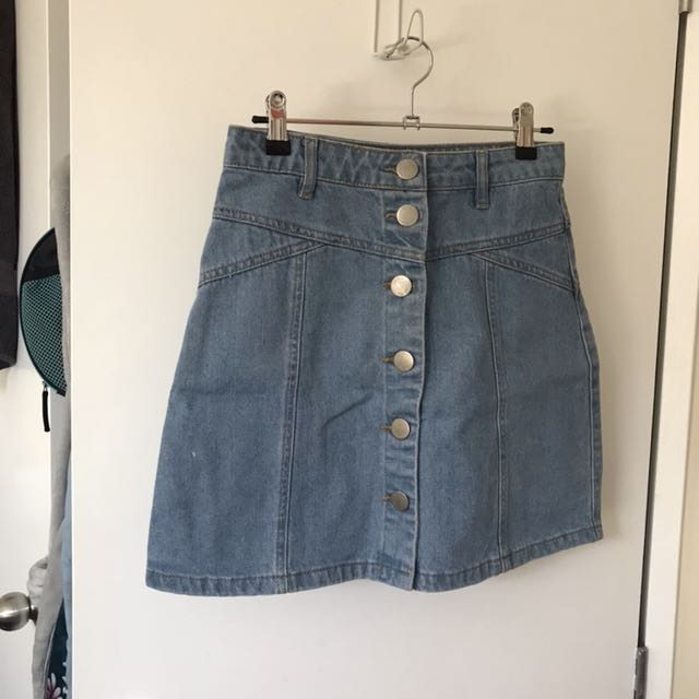 Denim skirt size 6