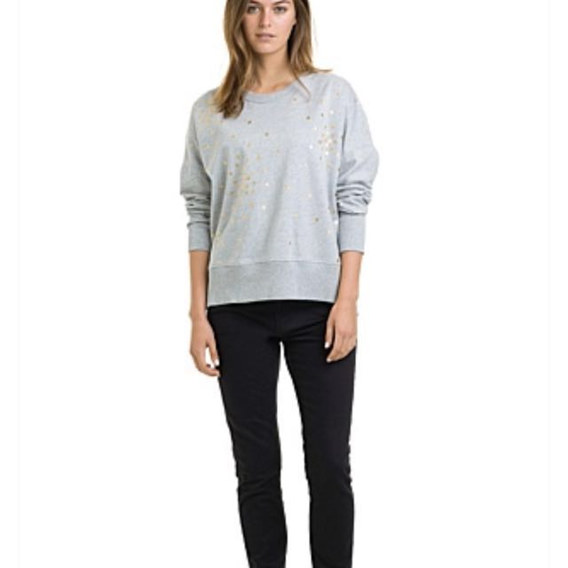 Free express delivery - Country Road Starry Foil Print Sweat - Size Small