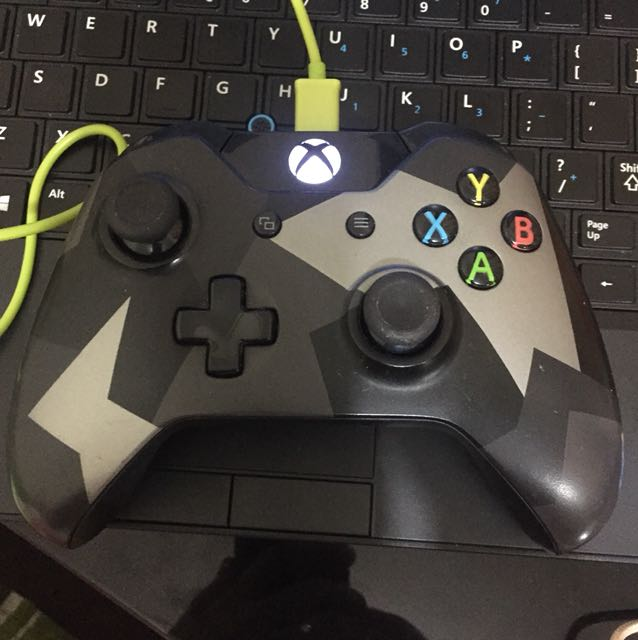 Grey covert forces xbox one controller