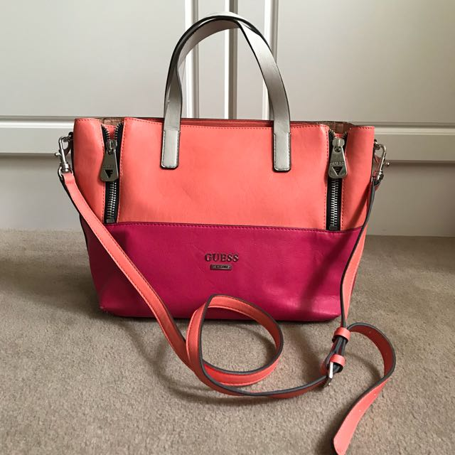 Guess women's bag with strap crossbody