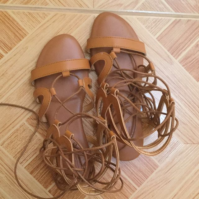 Hue Manila Lace Up Sandals