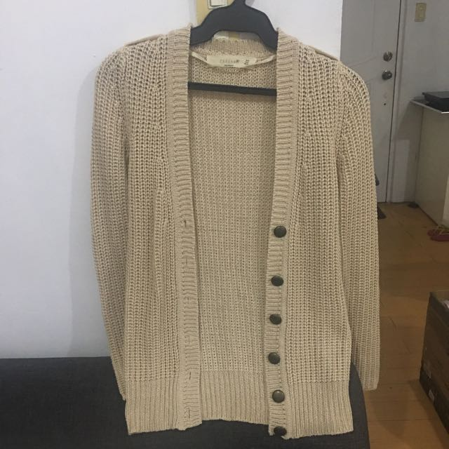 Knitted Cream Cardigan (no filter)