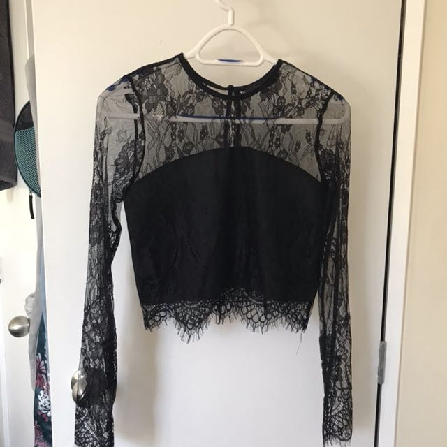 Lace crop top size 8