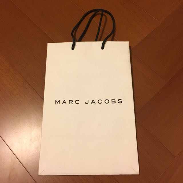 Marc Jacobs 20cm*30.5cm