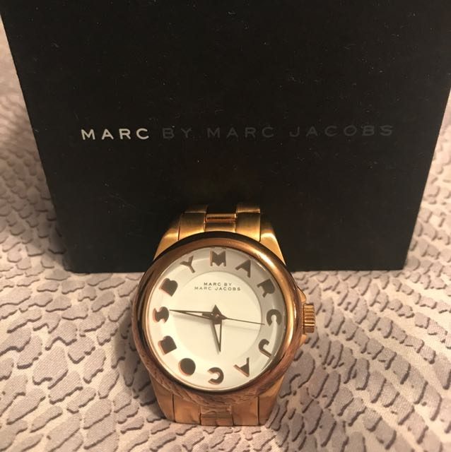 Marc Jacobs rose gold watch. Comes with additional clasps