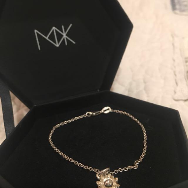 MEADOWLARK // Protea Charm Bracelet ✨