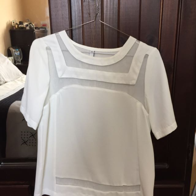NEW WHITE SHEER CUT OUT TOP