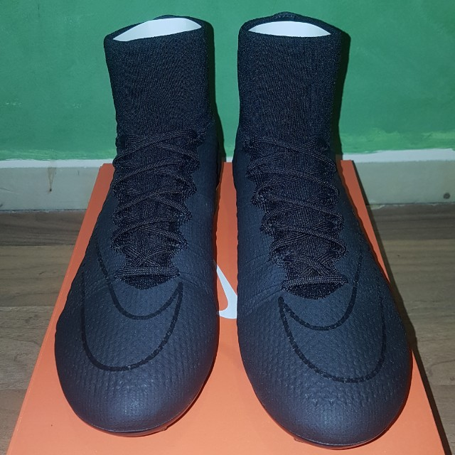 "Nike Mercurial Superfly IV ""Academy Pack"" blackout"