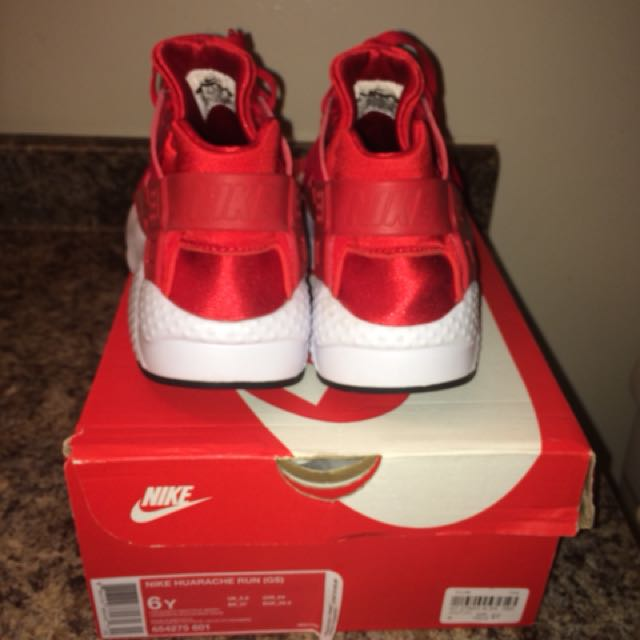 Nike Youth Size Huaraches