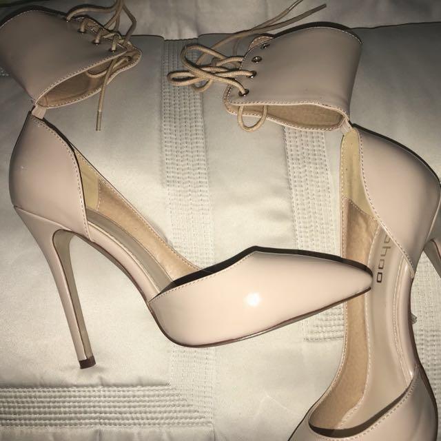 nude heels + bronze heels