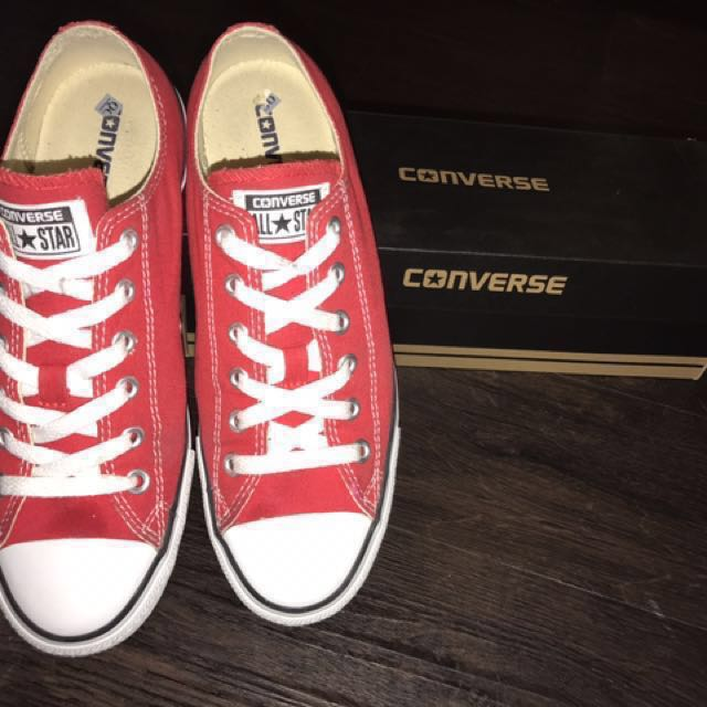 Original Converse Shoe -RED size8 US