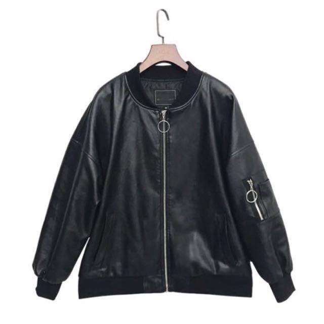 黑色oversize皮革棒球外套 飛行物體 皮衣