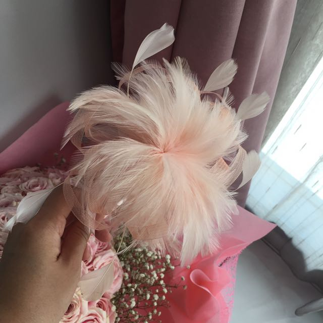 Preloved Peach Party Headpiece