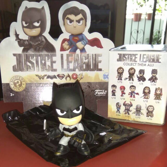(ON HAND) Batman Justice League DC Funko Mystery Minis