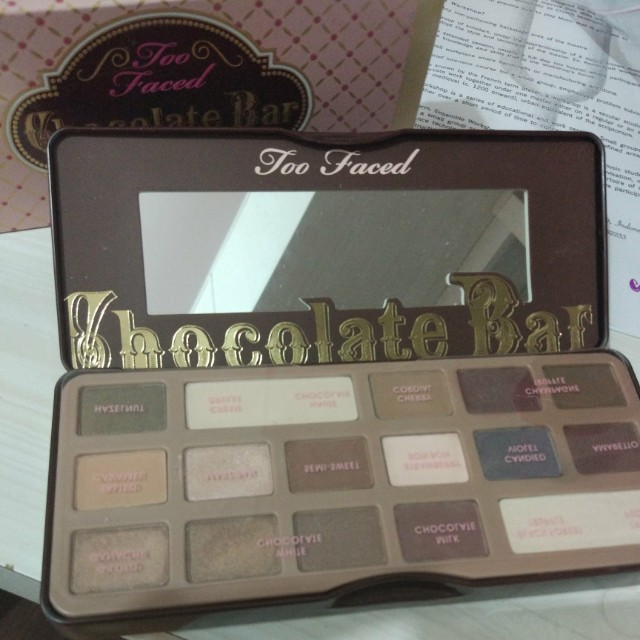 Too faced chocholate bar