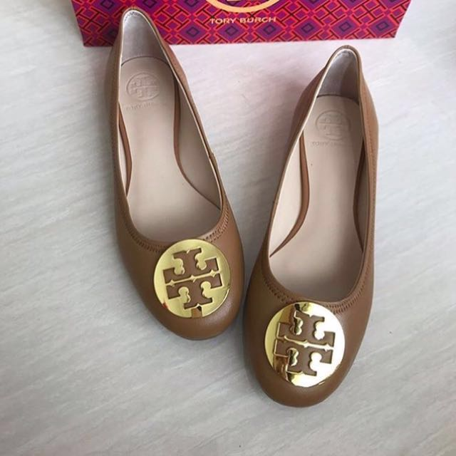 Tory Burch Reva Tan size 39 (New in Box)
