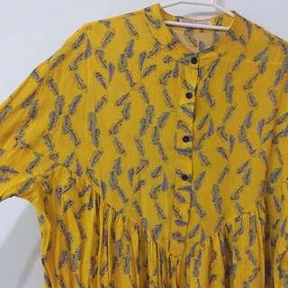 羽毛滿版黃色洋裝