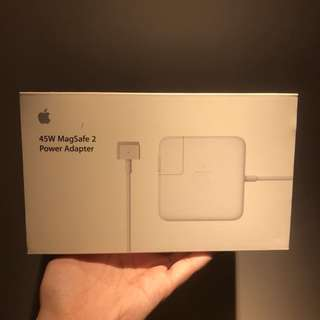 Magsafe 45W charger (for macbook air/pro)