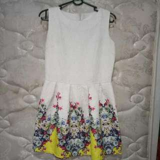 DRESS PESTA / MINI DRESS