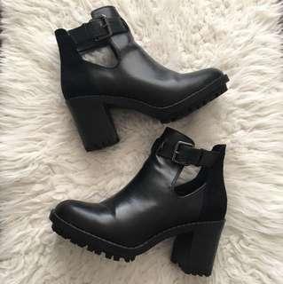 Zara Chelsea booties