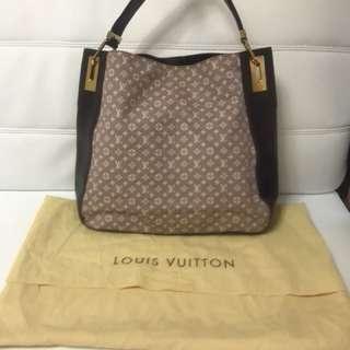 💯 % Authentic Louis Vuitton Rendez Vous MM