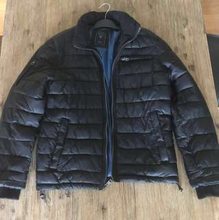 GUESS puffer jacket Size M