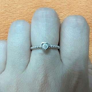 好秪減價~18K鑽石戒指 12份心形托 罕有珠珠邊典雅公主款 有單據有盒 夠白😁周生生 周大福
