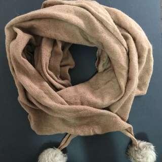 Large scarf with fur pom-poms
