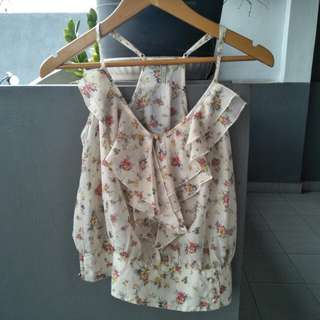 Guess flowery top