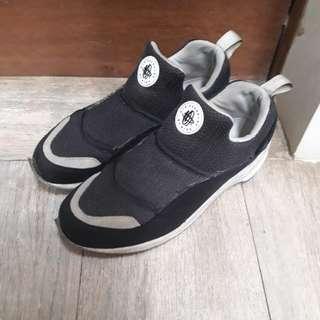 TURUN HARGA 450 -> 300 Nike Huarache Light x Beams (black/white)