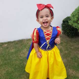 Snow white costume for toddlers, 9 months to 1yr old more or less