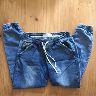 Blue washed boyfriend pants